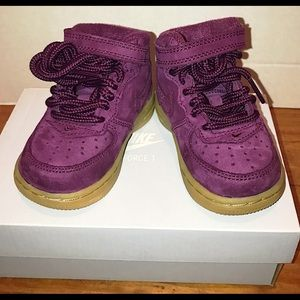 Nike Airforce 1 Infant 4 Purple High top Sneaker